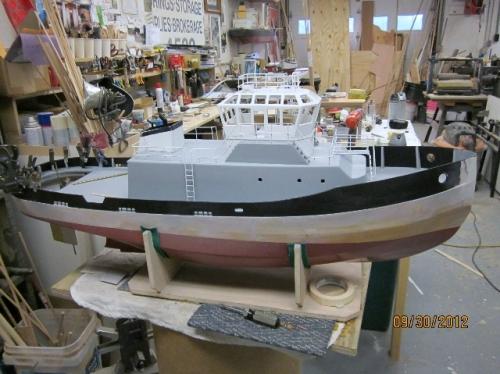 Navy tug, pilot house, bulwarks, house Large Web view