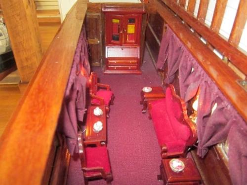 Honey Fitz interior Large Web view